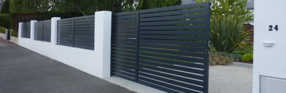 portail aluminium et clôture paysagiste à Nantes